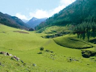 Valle de Lastur, Deba