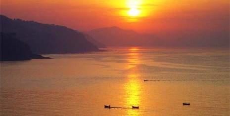Sunset on the coast of Mutriku